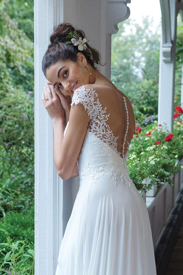Сватбена рокля, булчинска рокля