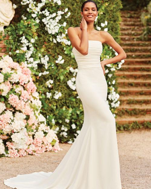 Булчинска рокля русалка, изчистена булчинска рокля, булчинска рокля от креп