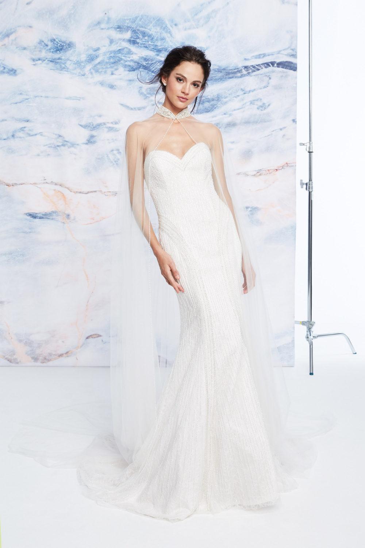 Сватбена рокля с камъни, сватбена рокля русалка, сватбена рокля с мъниста.