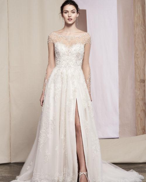 Сватбена рокля с ръкави, Сватбена рокля с шлейф, Сватбена рокля с камъни и дантела