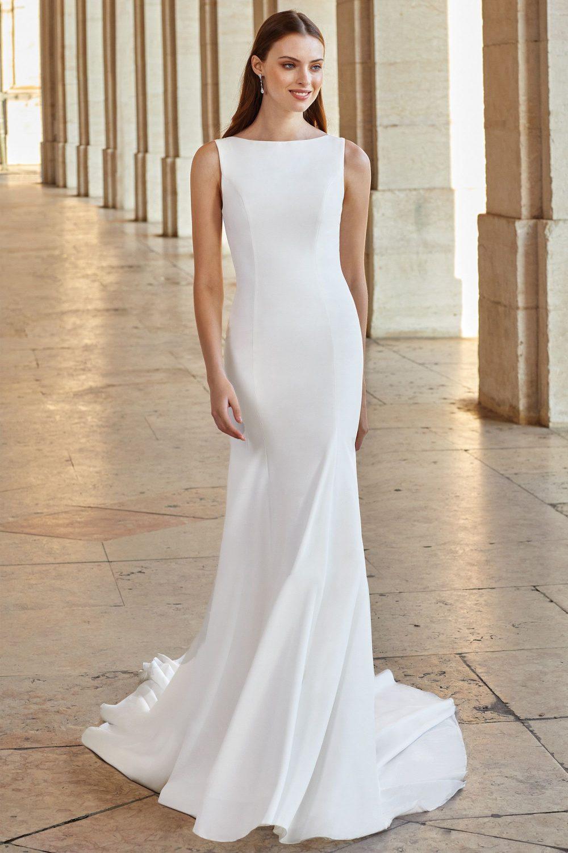 Булчинска рокля русалка, булчинска рокля изчистена, булчинска рокля от креп,