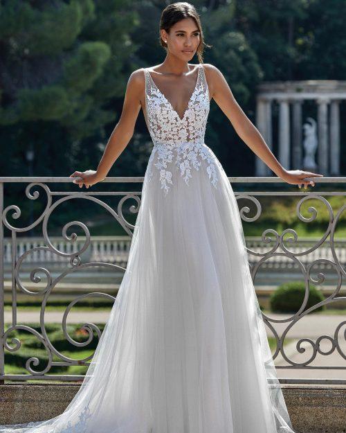 Булчинска рокля А линия с дълбоко V образно деколте и гол гръб - 44149
